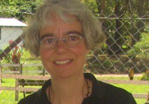 Anne Stoppels is Bijbelvertaler en werkte onder inheemse stammen.