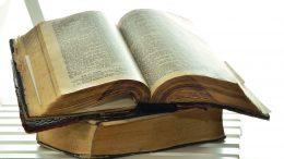 Overlaad UNESCO met bijbels